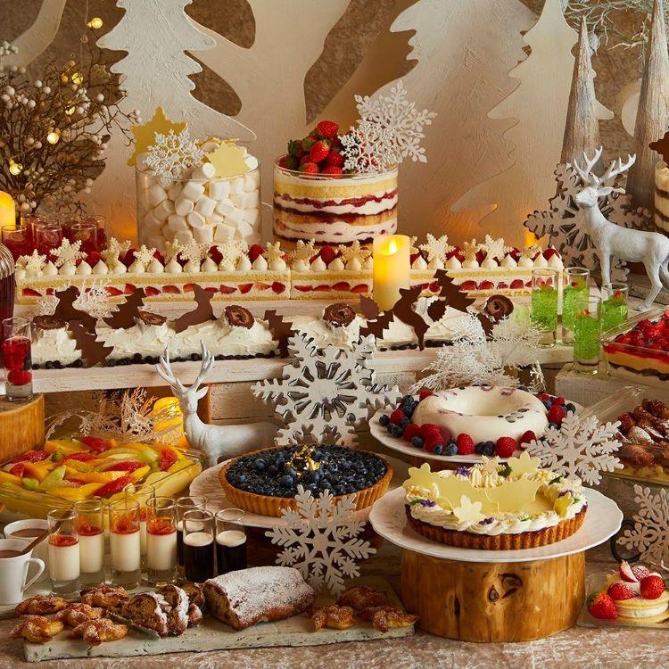京王プラザホテル「ホワイトクリスマス スイーツブッフェ」