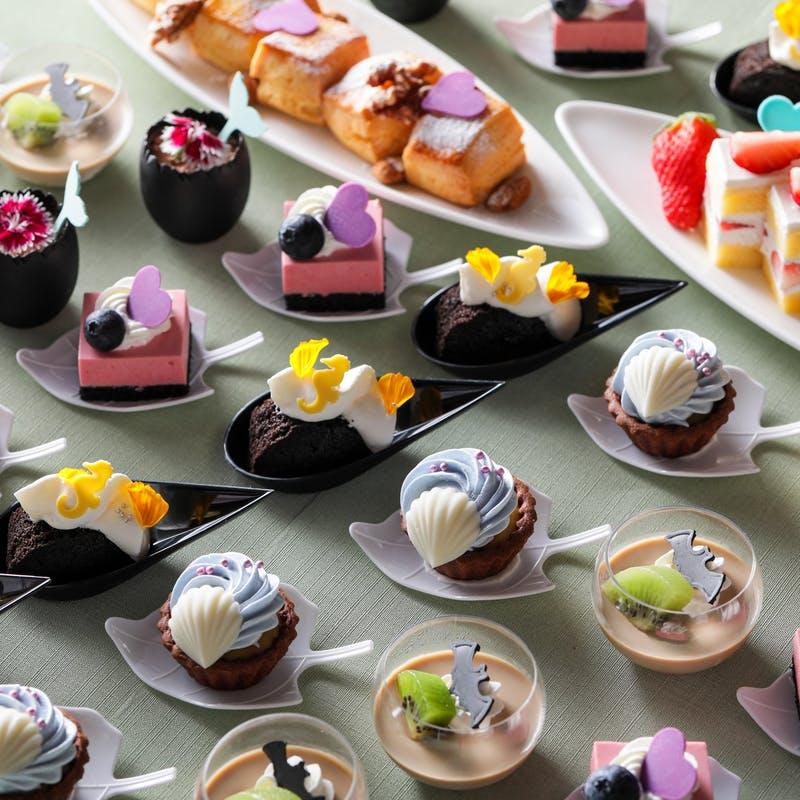 ストリングスホテル 名古屋 シェフズ ライブ キッチン「季節デザート&ライトミールブッフェ」