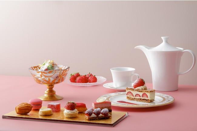 セント レジス ホテル 大阪「苺デザートコース メインの苺デザート 8種食べ放題」