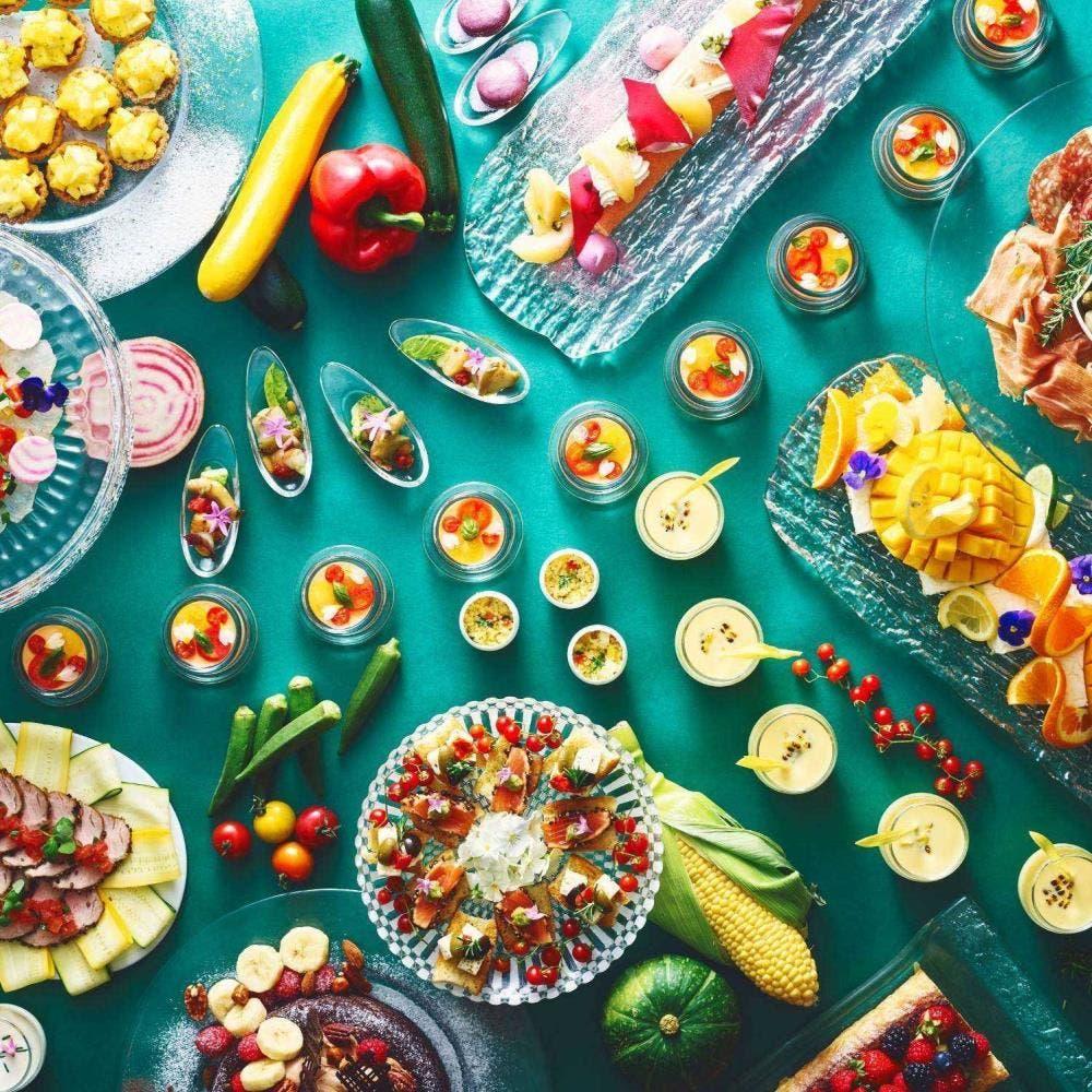 ストリングスホテル東京インターコンチネンタル「ヴィヴァーチェ 真夏の果実 旬のイタリアン・セミブッフェランチ」