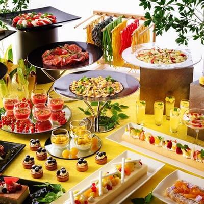 ストリングスホテル東京インターコンチネンタル「ヴィヴァーチェ 真夏の果実ランチブッフェ」