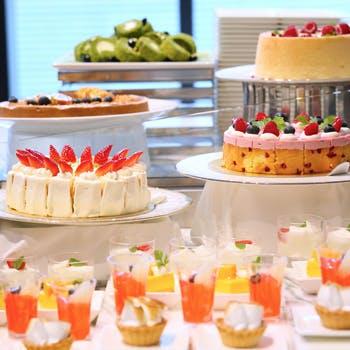 ストリングスホテル 名古屋「季節デザート&ライトミールブッフェ」