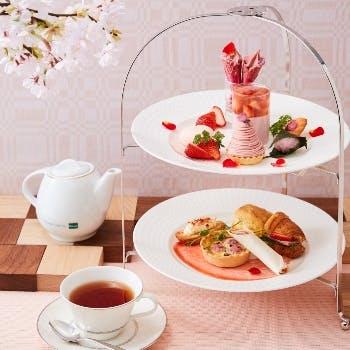 テル日航大阪 ファウンテン 桜と苺のアフタヌーンティーセット