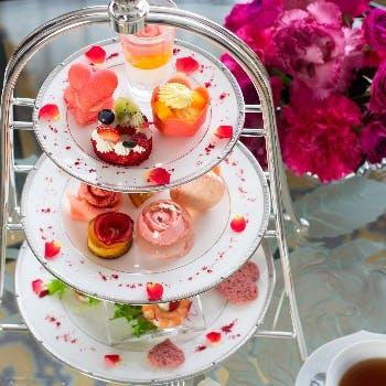 ウェスティンホテル大阪「ピンクローズ バラの世界に浸れるアフタヌーンティー」
