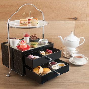 スイスホテル南海大阪「紅茶が飲み放題のアフタヌーンティーセット」