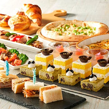 ホテルニューオータニ博多「30種類以上のメニューが食べ放題のランチビュッフェ(スイーツ有り)」