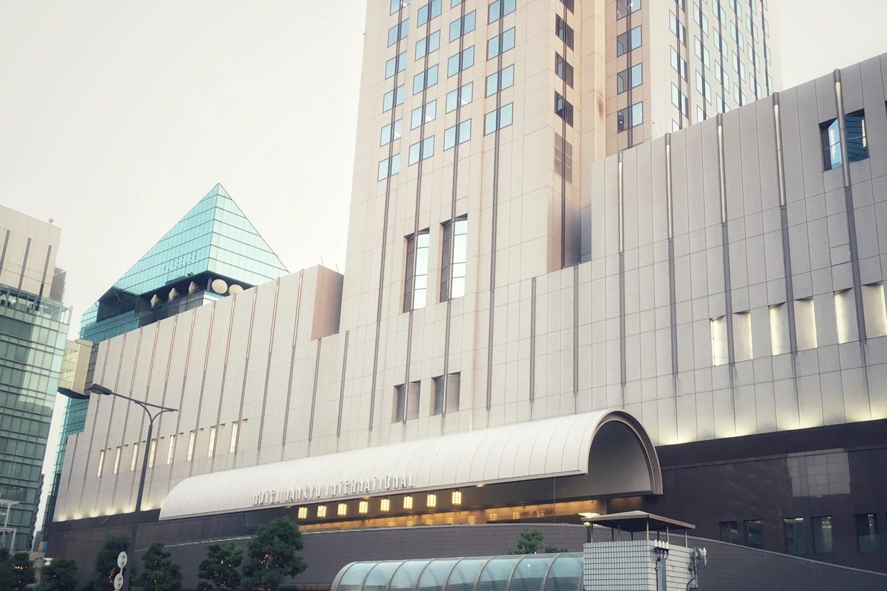 ホテル阪急インターナショナル「スペシャリティレストラン マルメゾン」