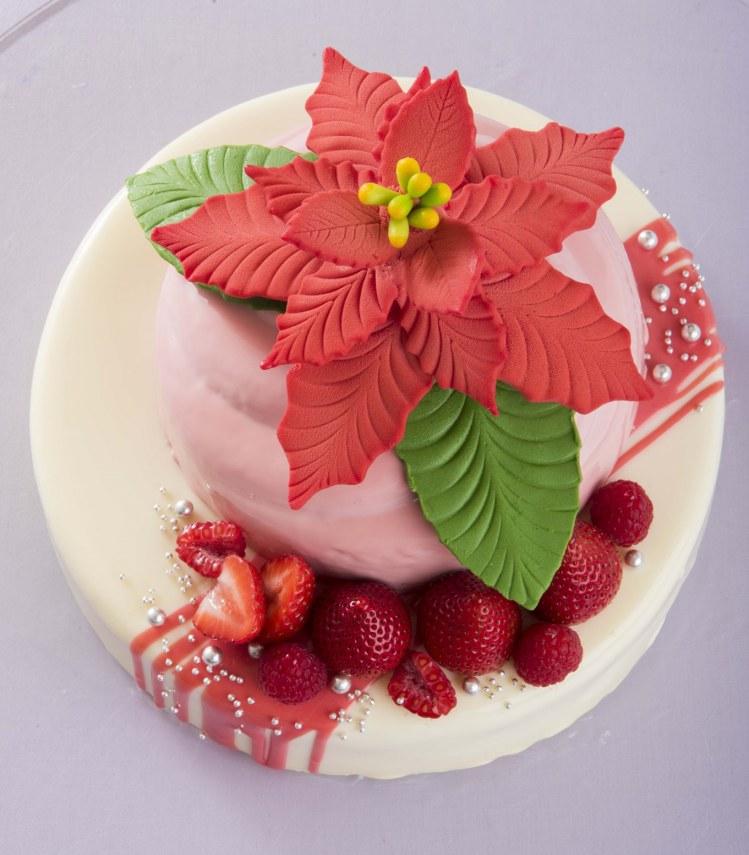 リーガロイヤルホテル東京 クリスマスケーキ「クリスマス・ポインセチア」