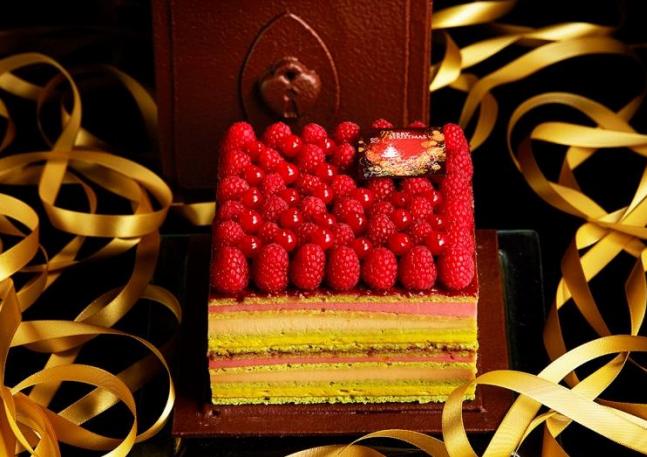 ANAインターコンチネンタルホテル東京 クリスマスケーキ