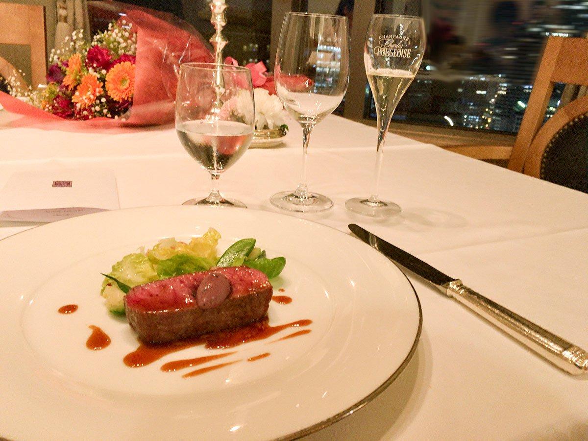 【レポート】ホテル阪急インターナショナルのマルメゾンのディナーは雰囲気最高の25階のフレンチ