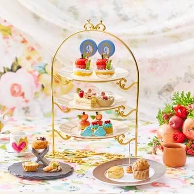 ストリングスホテル 名古屋 ニューヨークラウンジ「プリンセスアフタヌーンティー 世界で一番美しい白雪姫