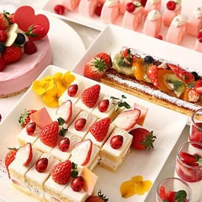 ストリングスホテル 名古屋「苺デザート&ライトミールブッフェ」