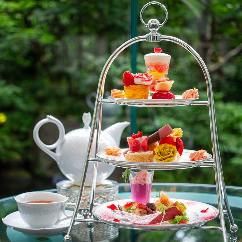 ウェスティンホテル大阪「Special Afternoon Tea Set グラデーションローズ