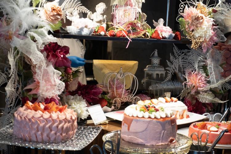 【レポ】アートホテル大阪ベイタワーいちごスイーツビュッフェ「PINK GOTHIC × RENAISSANCE」 訪問レポート