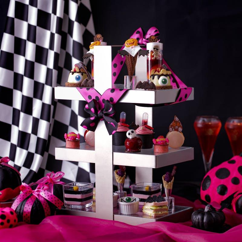 ヒルトン大阪Pink afternoon tea ~Pink Halloween~