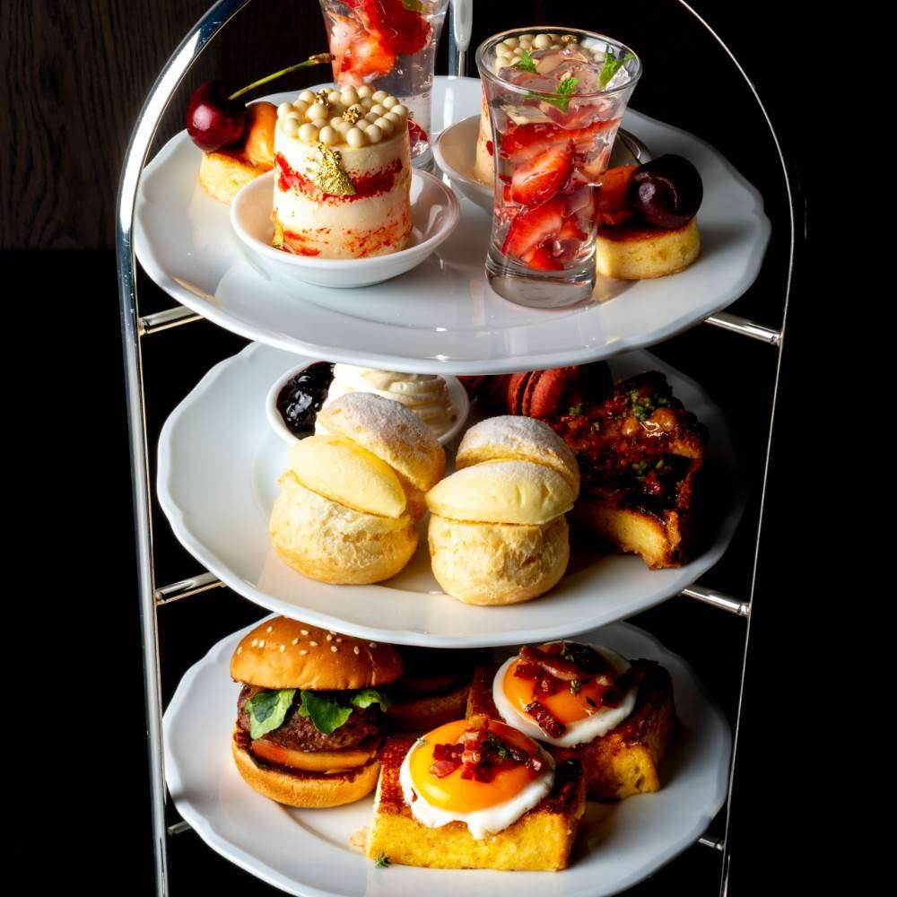 THE COSMOPOLITAN GRILL/BAR/TERRACE「デザート&サンドイッチ盛合せ×選べるカフェ2杯